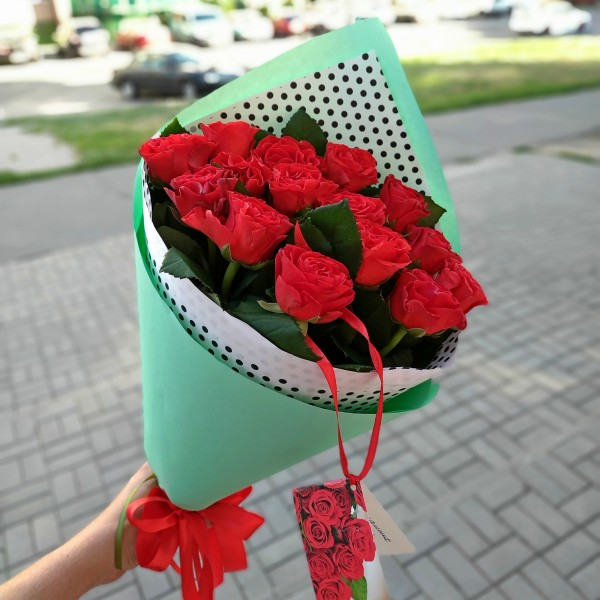 Bouquet of 15 red roses Eltoro