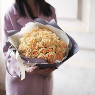 Bouquet of 25 peach roses Peach Avalange