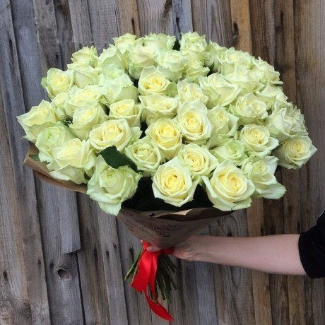 Bouquet 51 white ros...