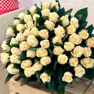 Bouquet 51 cream rose