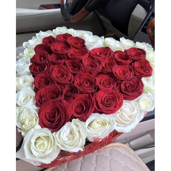 Box heart with red and white roses 51pcs.